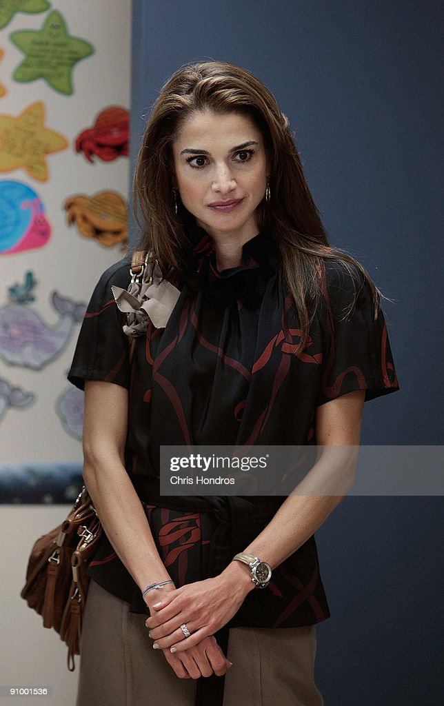 <a gi-track='captionPersonalityLinkClicked' href=/galleries/search?phrase=Queen+Rania+of+Jordan&family=editorial&specificpeople=160330 ng-click='$event.stopPropagation()'>Queen Rania of Jordan</a> waits to speak to students at the Young Women's Leadership School in East Harlem neighborhood of Manhattan September 21, 2009 in New York City. The queen met with students and staff at the school in as part of her activism in girls education.