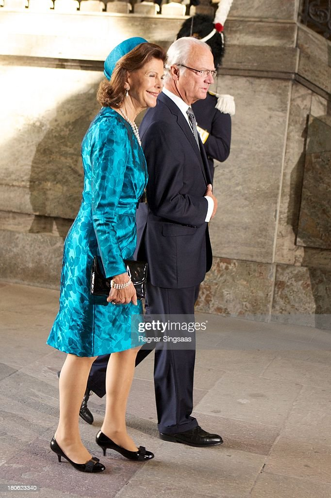 <a gi-track='captionPersonalityLinkClicked' href=/galleries/search?phrase=Queen+Silvia+of+Sweden&family=editorial&specificpeople=160332 ng-click='$event.stopPropagation()'>Queen Silvia of Sweden</a> and King Carl XVI Gustaf of Sweden attend Te Deum Thanksgiving Service To Celebrate King Carl Gustaf's 40th Jubilee at The Royal Palace on September 15, 2013 in Stockholm, Sweden.