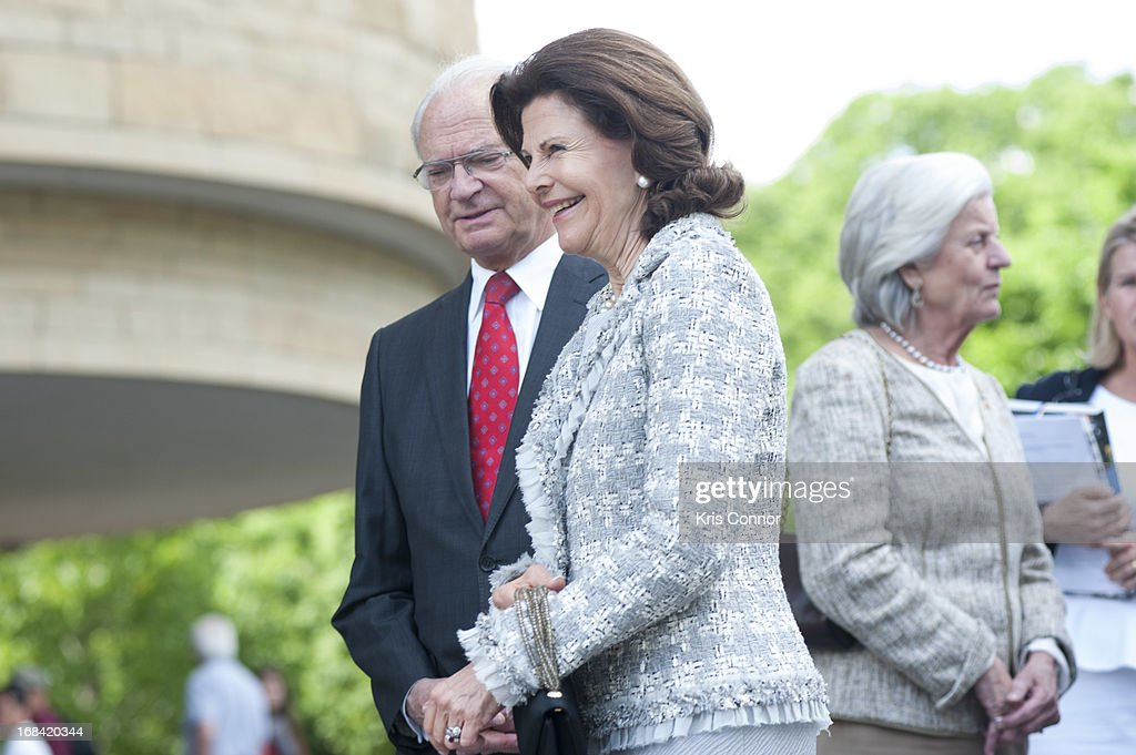 <a gi-track='captionPersonalityLinkClicked' href=/galleries/search?phrase=Queen+Silvia+of+Sweden&family=editorial&specificpeople=160332 ng-click='$event.stopPropagation()'>Queen Silvia of Sweden</a> and King Carl XVI Gustaf of Sweden visit the National Museum of the American Indian at Smithsonian Museum on May 9, 2013 in Washington, DC.