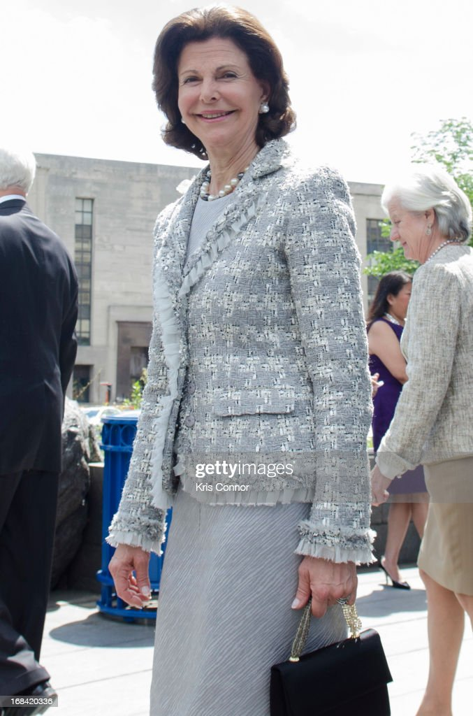 Queen Silvia of Sweden visits the National Museum of the American Indian at Smithsonian Museum on May 9, 2013 in Washington, DC.