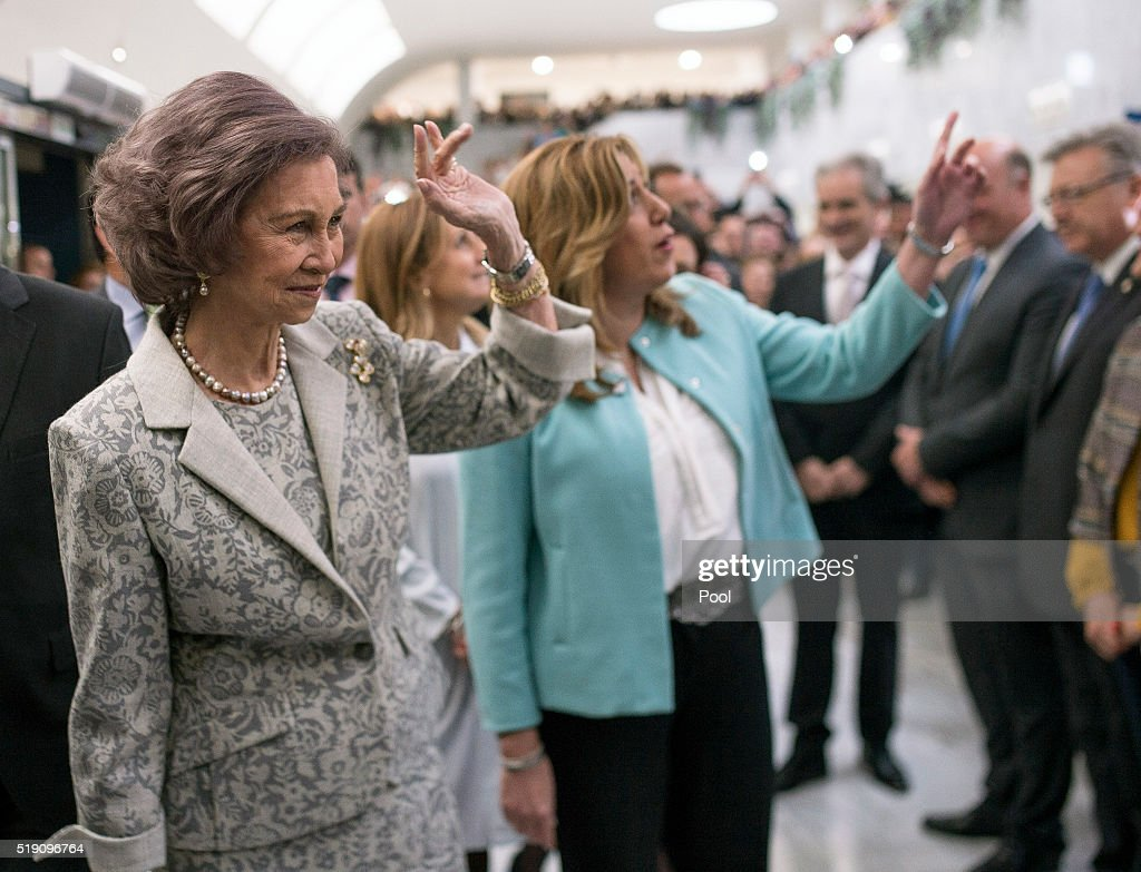 queen-sofia-attends-the-ceremony-to-mark-the-40th-anniversary-of-the-picture-id519096764