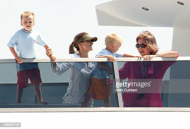 Queen Sofia Crown Princess Letizia And Infanta Cristina Of Spain'S Children Juan Pablo At The 2004 Copa Del Rey Regatta In Palma De Mallorca