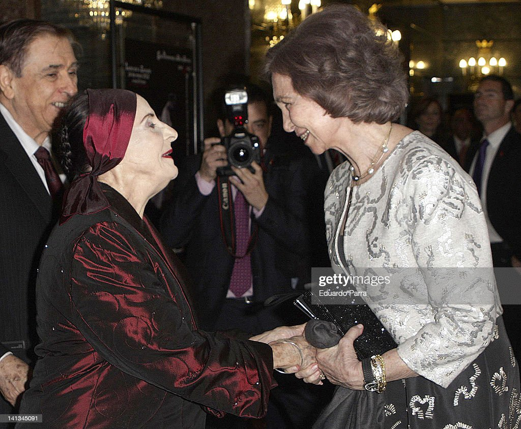 Queen Sofia of Spain (R) and Alicia Alonso attend Alicia Alonso trute at La Zarzuela theatre on March 14, 2012 in Madrid, Spain.