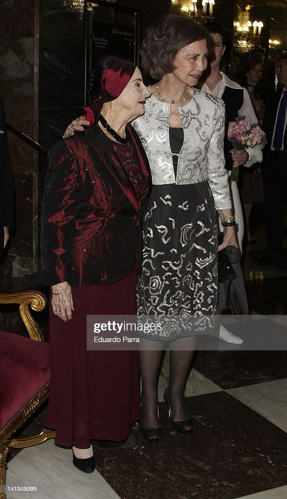 Queen Sofia of Spain (R) and <a gi-track='captionPersonalityLinkClicked' href=/galleries/search?phrase=Alicia+Alonso&family=editorial&specificpeople=217756 ng-click='$event.stopPropagation()'>Alicia Alonso</a> attend <a gi-track='captionPersonalityLinkClicked' href=/galleries/search?phrase=Alicia+Alonso&family=editorial&specificpeople=217756 ng-click='$event.stopPropagation()'>Alicia Alonso</a> trute at La Zarzuela theatre on March 14, 2012 in Madrid, Spain.