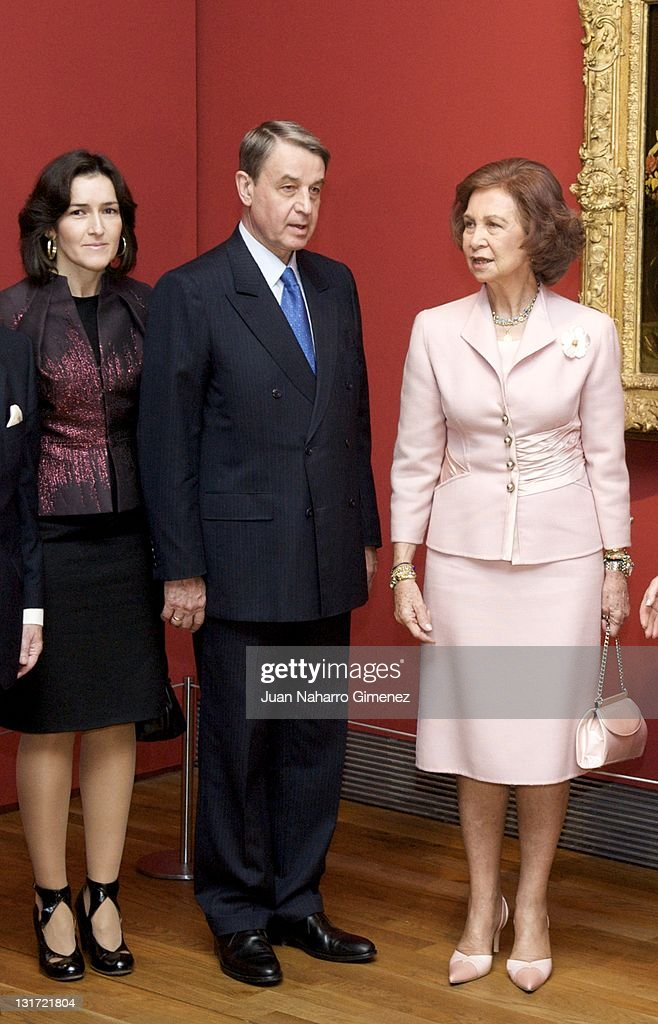 Queen Sofia of Spain and Angeles Gonzalez Sinde attend Hermitage at Prado Museum on November 7 2011 in Madrid Spain King Juan Carlos I of Spain...
