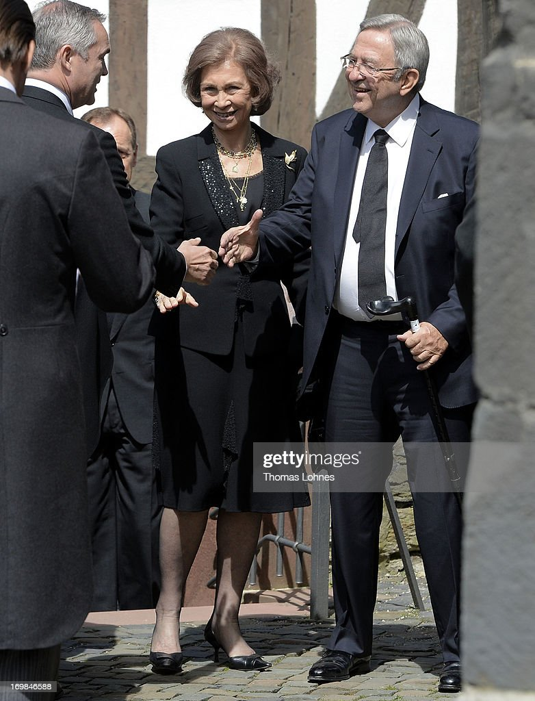 <a gi-track='captionPersonalityLinkClicked' href=/galleries/search?phrase=Queen+Sofia+of+Spain&family=editorial&specificpeople=160333 ng-click='$event.stopPropagation()'>Queen Sofia of Spain</a> and her brother the former King Constantine of Greece (R) attend the funeral service of Moritz Landgrave of Hesse at Johanniskirche on June 3, 2013 in Kronberg, Germany. Moritz of Hesse died aged 86 years on May 23 in Frankfurt. A great-grandson of the Emperor Frederick III and great-grandson of Queen Victoria, he was related to many European royal families.