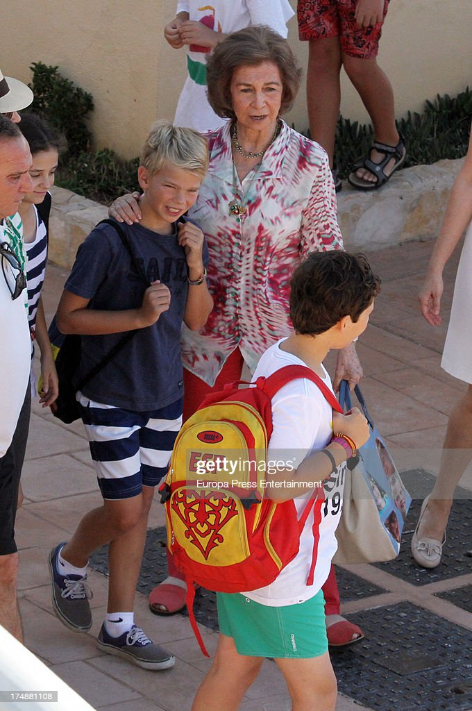 <a gi-track='captionPersonalityLinkClicked' href=/galleries/search?phrase=Queen+Sofia+of+Spain&family=editorial&specificpeople=160333 ng-click='$event.stopPropagation()'>Queen Sofia of Spain</a> and her grandsons Miguel Urdangarin (3R) and Felipe Juan Froilan de Marichalar (R) are seen in Mallorca on July 29, 2013 in Mallorca, Spain. Princess Cristina of Spain comes back to Mallorca after two years.