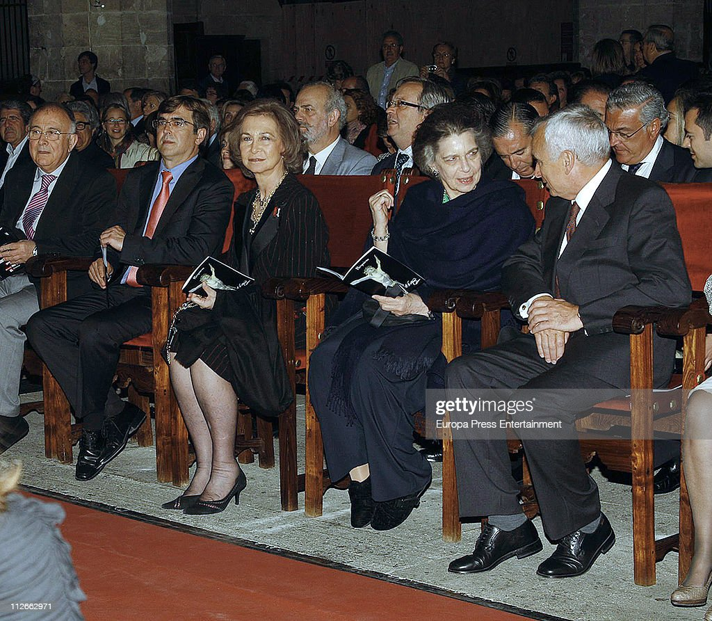 Queen Sofia of Spain and her sister Princess Irene of Greece attend a charity concert to raise funds for 'Proyecto Hombre Baleares' organised by Rotary Club Palma Ramon Llull on April 19, 2011 in Palma de Mallorca, Spain.