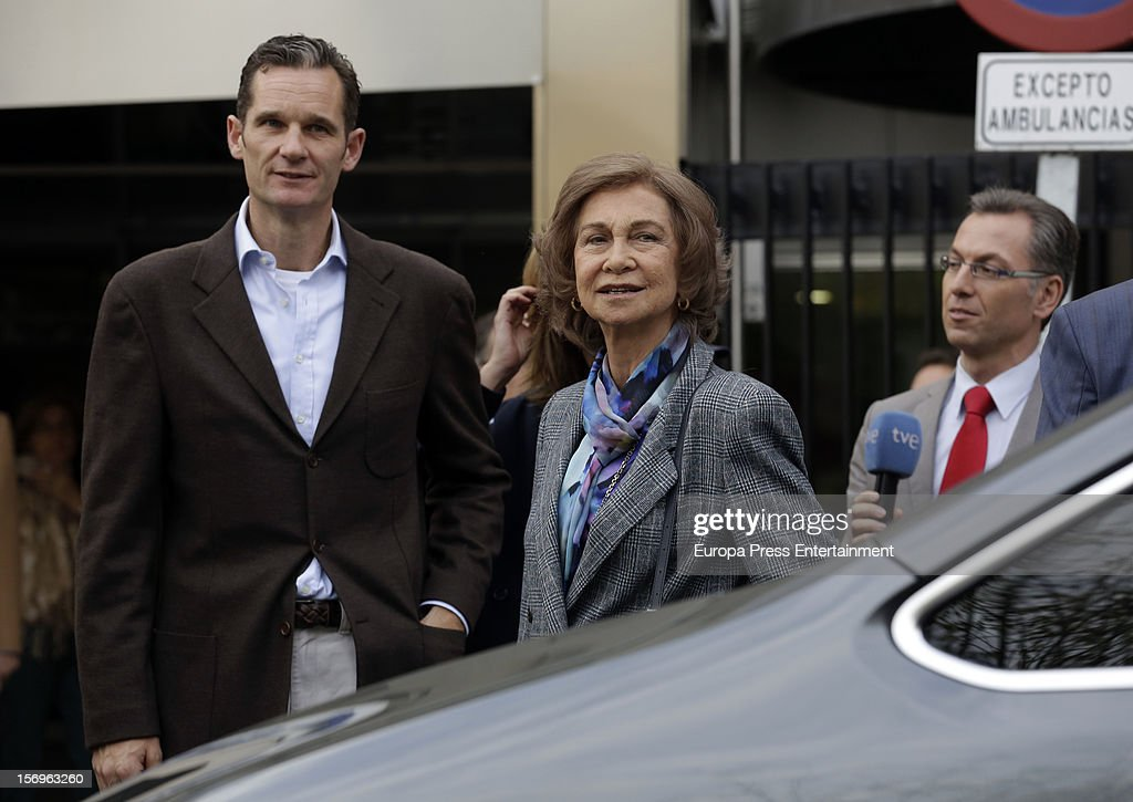 <a gi-track='captionPersonalityLinkClicked' href=/galleries/search?phrase=Queen+Sofia+of+Spain&family=editorial&specificpeople=160333 ng-click='$event.stopPropagation()'>Queen Sofia of Spain</a> and <a gi-track='captionPersonalityLinkClicked' href=/galleries/search?phrase=Inaki+Urdangarin&family=editorial&specificpeople=159330 ng-click='$event.stopPropagation()'>Inaki Urdangarin</a> visit King Juan Carlos of Spain on November 25, 2012 in Madrid, Spain. King Juan Carlos of Spain underwent an operation on his left hip.