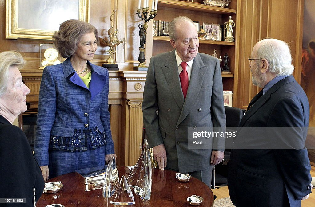 Queen Sofia of Spain and King Juan Carlos of Spain talk to Jose Manuel Caballero Bonald, awarded the Cervantes Prize 2012, during an audience granted by the Queen on April 22, 2013 in Madrid, Spain. With this hearing the King has resumed public official activities in the Zarzuela Palace, month and a half after undergoing double hernia surgery.
