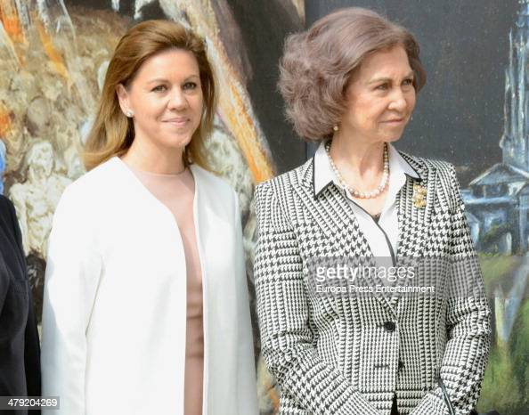 Queen Sofia of Spain and Maria Dolores de Cospedal attend the opening of the exhibition painting 'El Griego de Toledo' on March 14 2014 in Toledo...