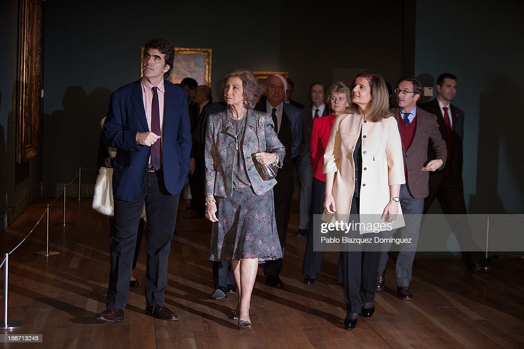 Queen Sofia of Spain and Spain's Minister of Employment and Social security Maria Fatima Banez Garcia attend 'El Joven Van Dyck' exhibition at the Prado Museum on November 19, 2012 in Madrid, Spain.
