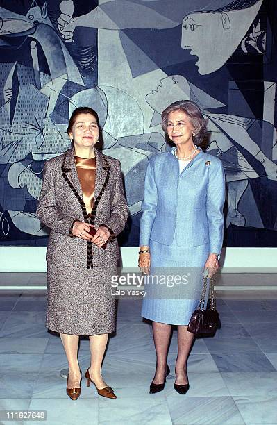 Queen Sofia of Spain and Tatiana Karimova wife of Uzbekistan's president see Picasso's painting 'Guernika' at the Queen Sofia Museum in Madrid