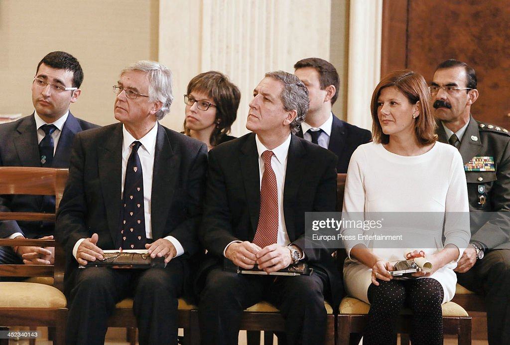 <a gi-track='captionPersonalityLinkClicked' href=/galleries/search?phrase=Queen+Sofia+of+Spain&family=editorial&specificpeople=160333 ng-click='$event.stopPropagation()'>Queen Sofia of Spain</a> attends 'Queen Sofia Against Drugs Awards' at Zarzuela Palace on November 27, 2013 in Madrid, Spain.