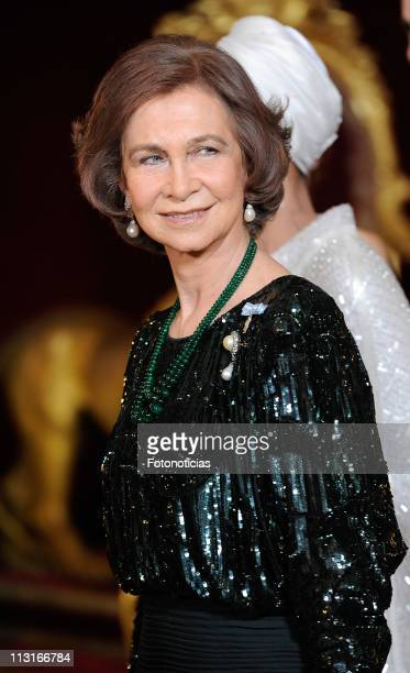 Queen Sofia of Spain attends the Gala Dinner in honour of the Emir of the State of Qatar and Sheikha Mozah Bint Nasser at The Royal Palace on April...
