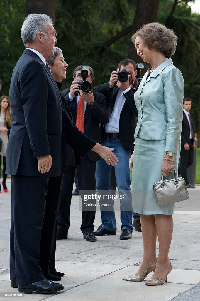 Queen Sofia of Spain (R), Austrian President Heinz Fischer (L) and his wfe Margit Fischer (C) attend the inauguration of the 'Velazquez Y La Familia de Felipe IV' exhibition at the El Prado museum on October 7, 2013 in Madrid, Spain.