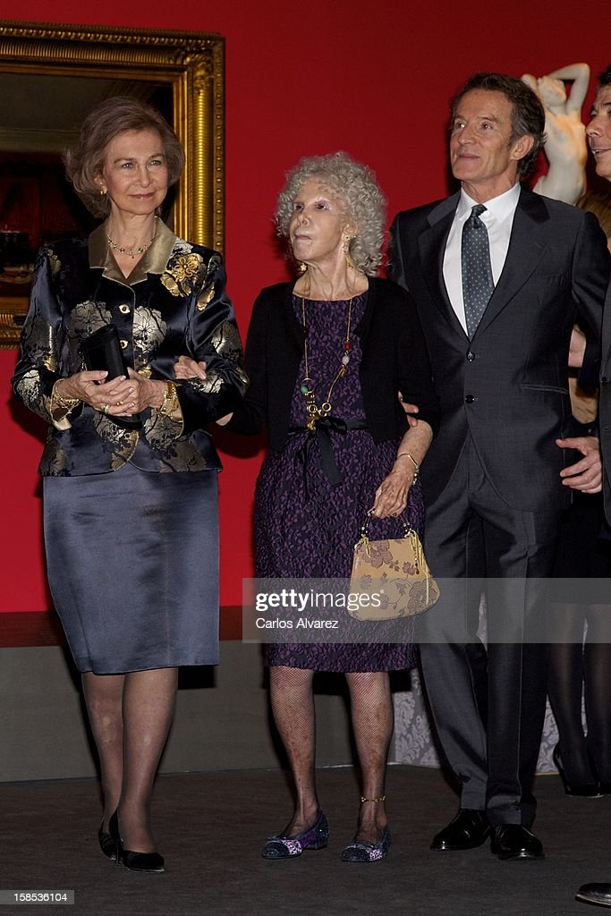 <a gi-track='captionPersonalityLinkClicked' href=/galleries/search?phrase=Queen+Sofia+of+Spain&family=editorial&specificpeople=160333 ng-click='$event.stopPropagation()'>Queen Sofia of Spain</a>, Duchess of Alba, <a gi-track='captionPersonalityLinkClicked' href=/galleries/search?phrase=Cayetana+Fitz-James+Stuart&family=editorial&specificpeople=6090682 ng-click='$event.stopPropagation()'>Cayetana Fitz-James Stuart</a> and husband <a gi-track='captionPersonalityLinkClicked' href=/galleries/search?phrase=Alfonso+Diez&family=editorial&specificpeople=6697714 ng-click='$event.stopPropagation()'>Alfonso Diez</a> attend 'El Legado Casa de Alba' Art exhibition at the Palacio de Cibeles on December 18, 2012 in Madrid, Spain.