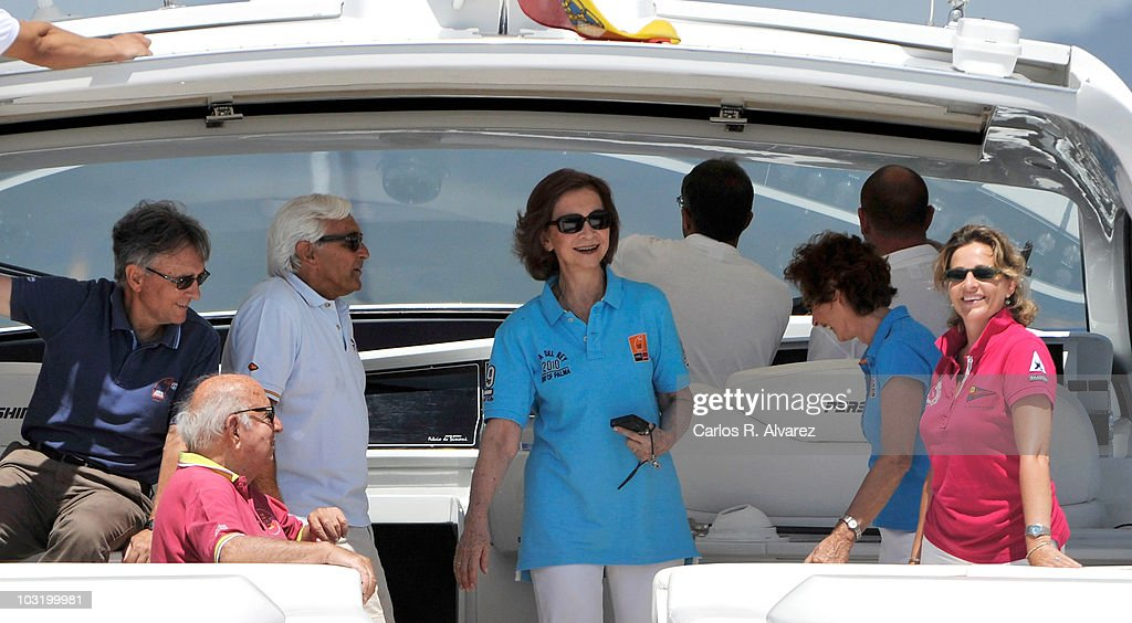 Queen Sofia of Spain (C) on board the 'Somni' during the 29th Copa del Rey Mapfre Audi Sailing Cup on August 2, 2010 in Palma de Mallorca, Spain.