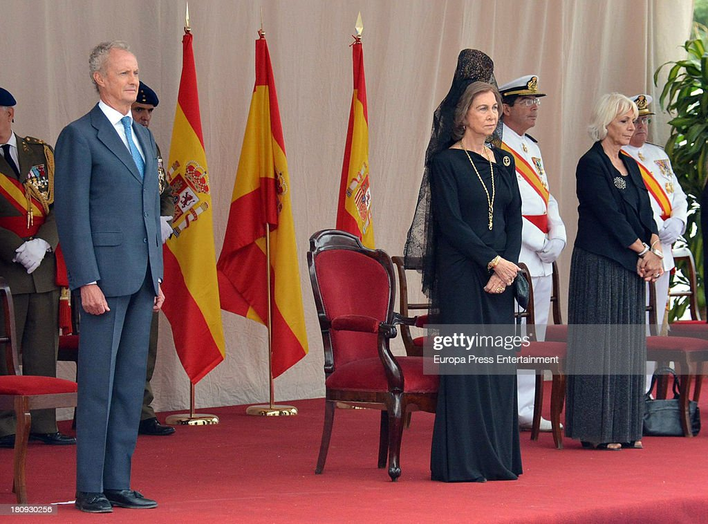 Queen Sofia of Spain, Teofila Martinez (R) and Pedro Morenes (L) attend LHD 'Juan Carlos I' battle flag delivery on September 17, 2013 in Cadiz, Spain.