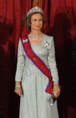 Queen sofia poses for photographers during the gala dinner in honour picture id111699418?s=170x170