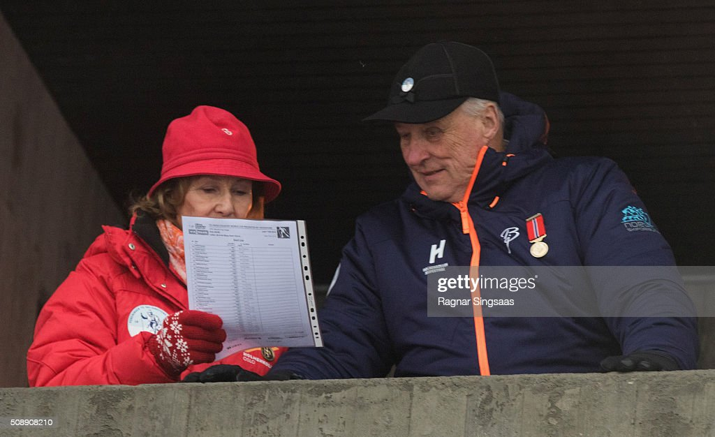 Queen Sonja of Norway and King Harald V of Norway attend Holmenkollen FIS World Cup Nordic on February 7, 2016 in Oslo, Norway.