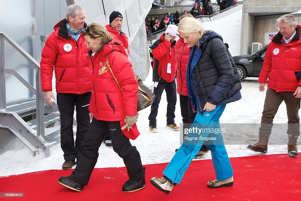 Queen Sonja of Norway and Princess Mette-Marit of Norway attend FIS World Cup Nordic Holmenkollen 2013 on March 17, 2013 in Oslo, Norway.