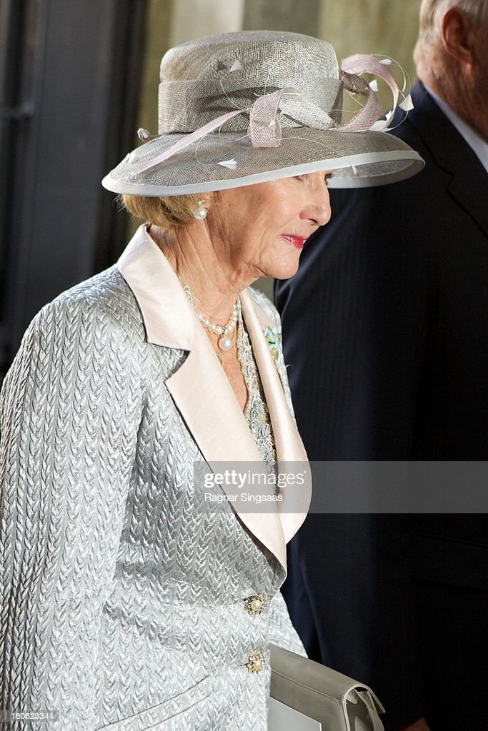 <a gi-track='captionPersonalityLinkClicked' href=/galleries/search?phrase=Queen+Sonja+of+Norway&family=editorial&specificpeople=160334 ng-click='$event.stopPropagation()'>Queen Sonja of Norway</a> attends Te Deum Thanksgiving Service To Celebrate King Carl Gustaf's 40th Jubilee at The Royal Palace on September 15, 2013 in Stockholm, Sweden.