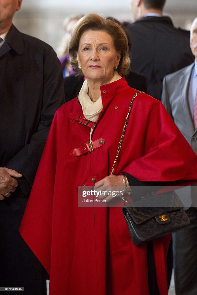 <a gi-track='captionPersonalityLinkClicked' href=/galleries/search?phrase=Queen+Sonja+of+Norway&family=editorial&specificpeople=160334 ng-click='$event.stopPropagation()'>Queen Sonja of Norway</a> Visits Aya Sofia Museum on day three of their State visit to Turkey on November 7, 2013 in Istanbul, Turkey.