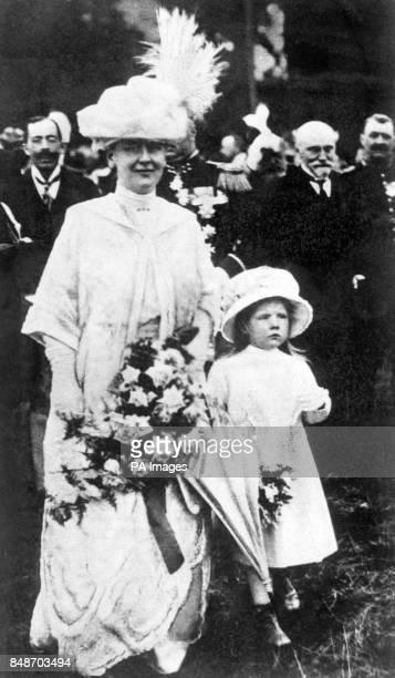Queen Wilhelmina of Holland and her daughter Princess Juliana