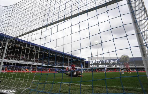 Queens Park Rangers goalkeeper Alex Smithies can't prevent Charlton Athletic's Jordan Cousins scoring their first goal