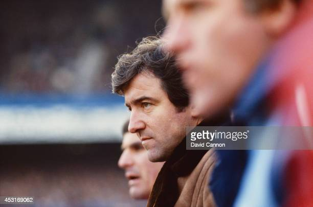 Queens Park Rangers manager Terry Venables looks on during a league division two match held at Loftus Road circa 1981 in London England
