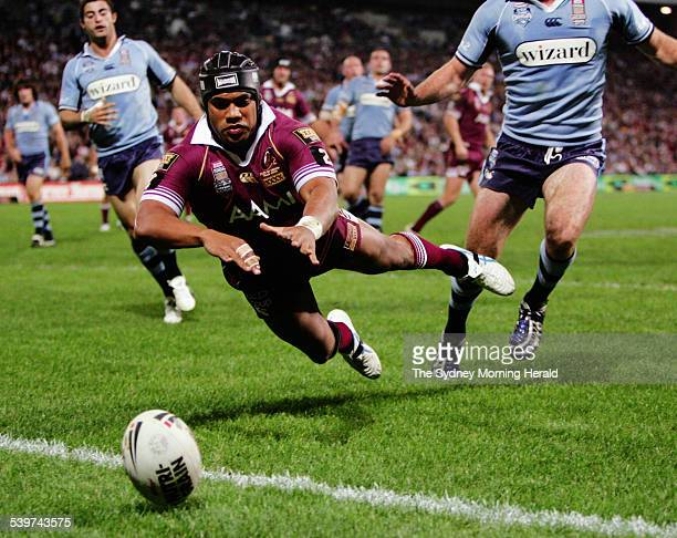 Queensland's Ty Williams just misses a try during Game 3 of the State of Origin series at Suncorp Stadium in Brisbane 6 July 2005 SMH Picture by...