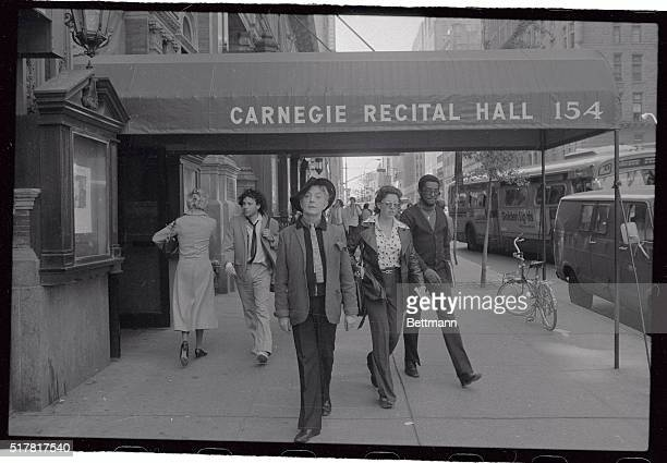 Quentin Crisp who in a sense has been a pioneer of sexuality strikes a pose at the Carnegie Recital Hall Crisp 'came out' in the streets of London in...