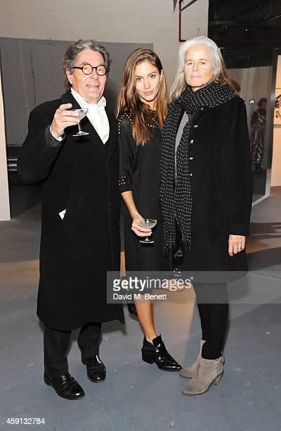 Quentin Jones poses with parents Edward Jones and Margot Jones at 'The Fractured and the Feline' an exhibition by Quentin Jones and Robert Storey at...