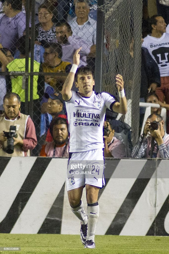 Queretaro's midfielder Edgar Benitez celebrates after scoring a goal against Pumas during their Mexican Clausura tournament football match at the La Corregidora stadium on April 29, 2016, in Queretaro, Mexico. / AFP / ADID