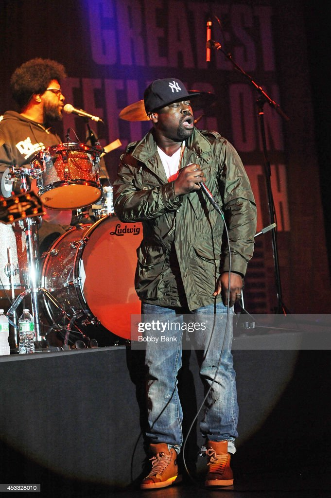 <a gi-track='captionPersonalityLinkClicked' href=/galleries/search?phrase=Questlove&family=editorial&specificpeople=537550 ng-click='$event.stopPropagation()'>Questlove</a> and <a gi-track='captionPersonalityLinkClicked' href=/galleries/search?phrase=Black+Thought&family=editorial&specificpeople=228555 ng-click='$event.stopPropagation()'>Black Thought</a> of The Roots perform at the grand opening of the Guitar Center Times Square Flagship Store on August 7, 2014 in New York City.