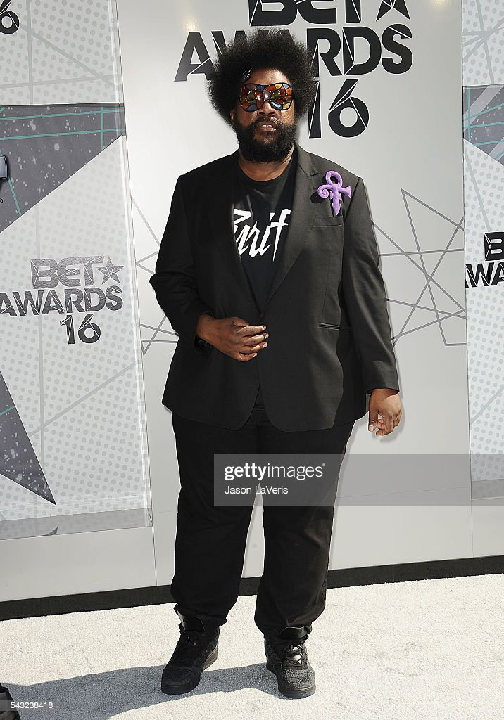 <a gi-track='captionPersonalityLinkClicked' href=/galleries/search?phrase=Questlove&family=editorial&specificpeople=537550 ng-click='$event.stopPropagation()'>Questlove</a> attends the 2016 BET Awards at Microsoft Theater on June 26, 2016 in Los Angeles, California.