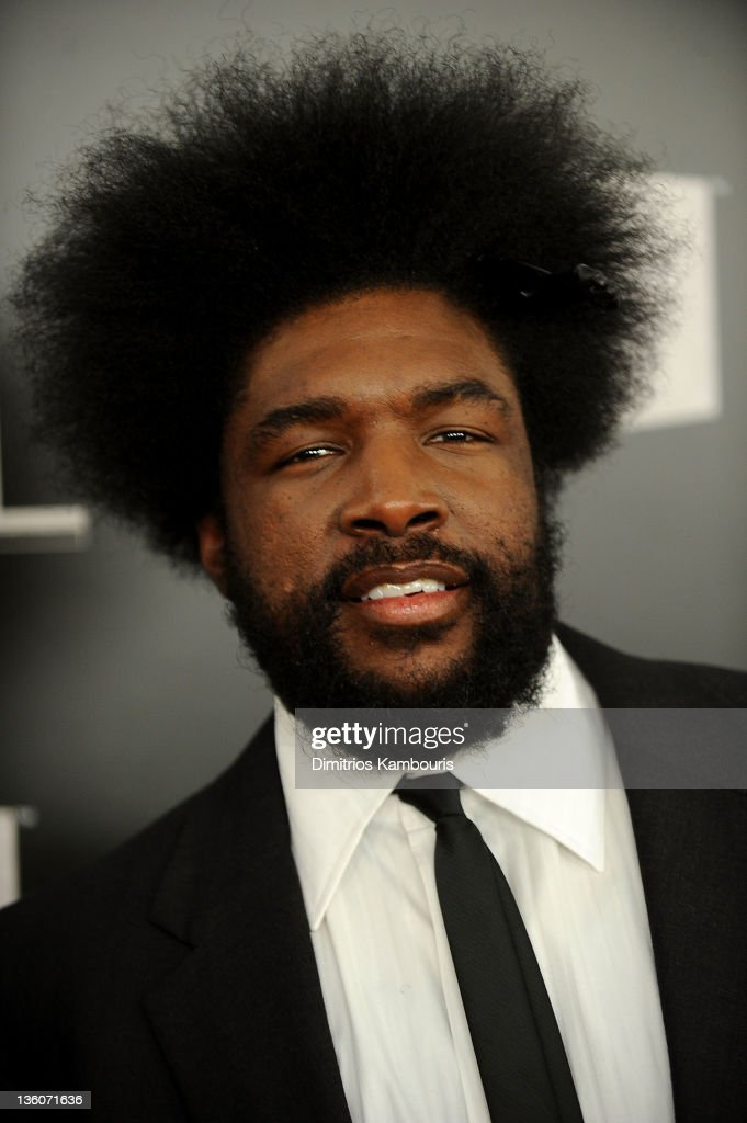 <a gi-track='captionPersonalityLinkClicked' href=/galleries/search?phrase=Questlove&family=editorial&specificpeople=537550 ng-click='$event.stopPropagation()'>Questlove</a> attends VH1 Divas Celebrates Soul at Hammerstein Ballroom on December 18, 2011 in New York City.