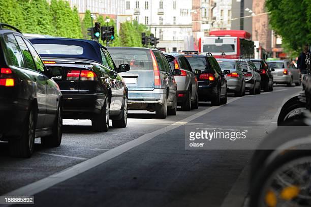 Queueing Autos in der Stadt