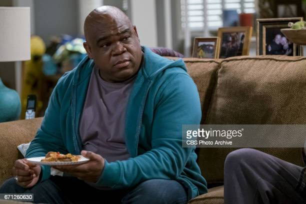 'Quiet Diet' When Donna says she'll send Kevin to the Mets Fantasy Camp if he lowers his cholesterol Chale secretly coaches Kevin through a juice...