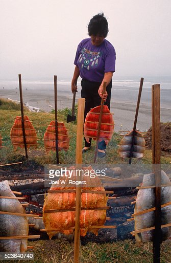 quinault women Art and importance way back in the earlier years quinault women wore a cedar skirt, today when the women are getting ready for a gathering such as.