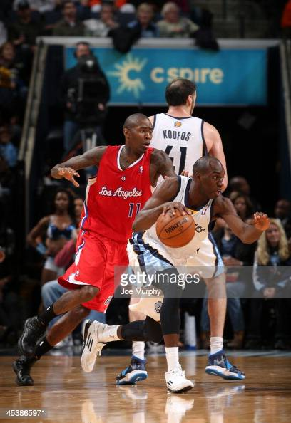 Quincy Pondexter of the Memphis Grizzlies dribbles against the Los Angeles Clippers on December 5 2013 at FedExForum in Memphis Tennessee NOTE TO...