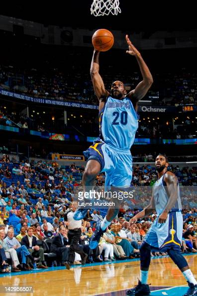 Quincy Pondexter of the Memphis Grizzlies goes to the basket against the New Orleans Hornets on April 15 2012 at the New Orleans Arena in New Orleans...
