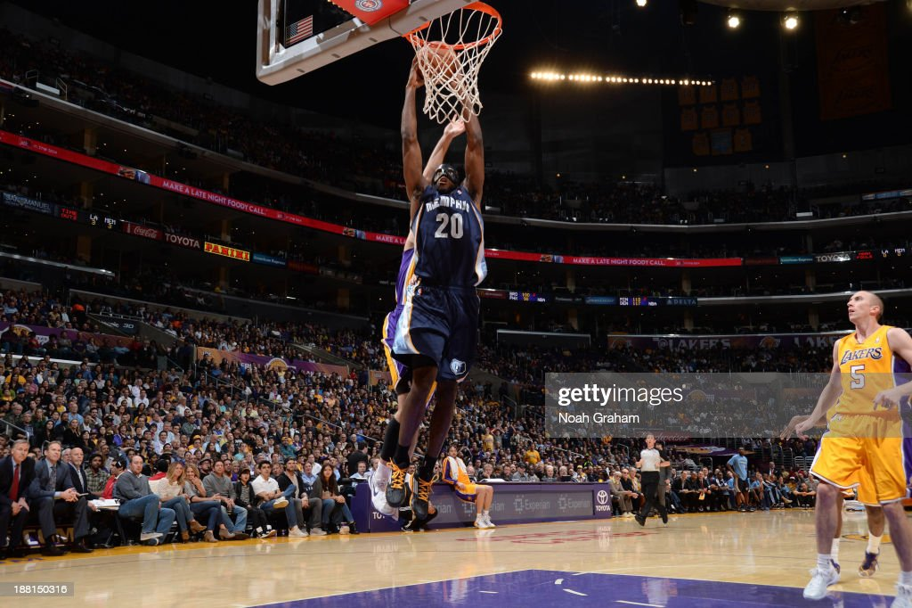 <a gi-track='captionPersonalityLinkClicked' href=/galleries/search?phrase=Quincy+Pondexter&family=editorial&specificpeople=4176540 ng-click='$event.stopPropagation()'>Quincy Pondexter</a> #20 of the Memphis Grizzlies goes up for a dunk against the Los Angeles Lakers at Staples Center on November 15, 2013 in Los Angeles, California.