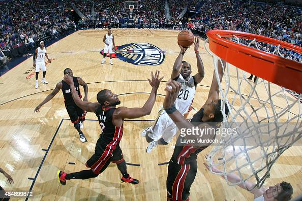 Quincy Pondexter of the New Orleans Pelicans goes up for a shot against the Miami Heat on February 27 2015 at Smoothie King Center in New Orleans...