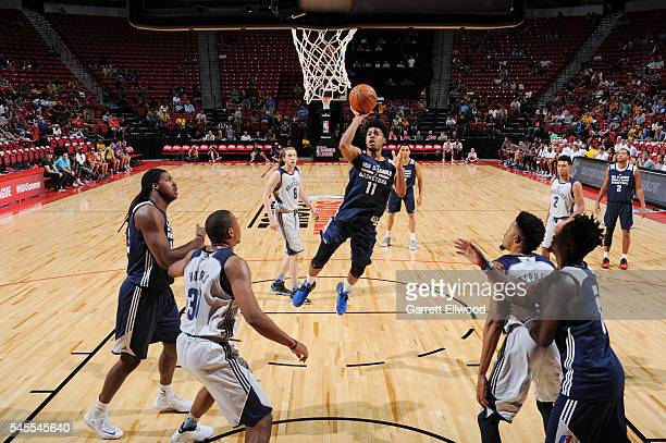 Quinn Cook of NBA DLeague Select shoots the ball against the Memphis Grizzlies during the 2016 NBA Las Vegas Summer League game on July 8 2016 at the...