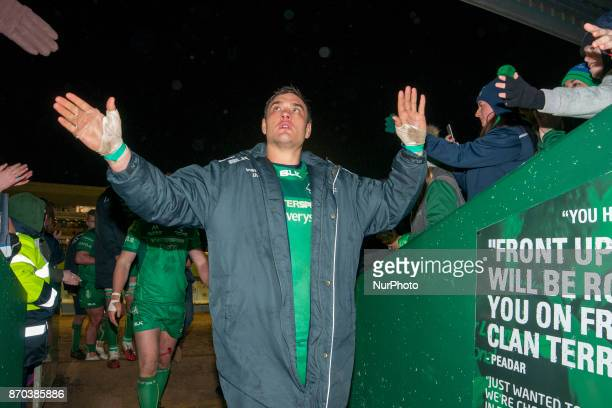Quinn Roux of Connacht thanks his fans during the Guinness PRO14 Round 8 rugby match between Connacht Rugby and Toyota Cheetahs at the Sportsground...