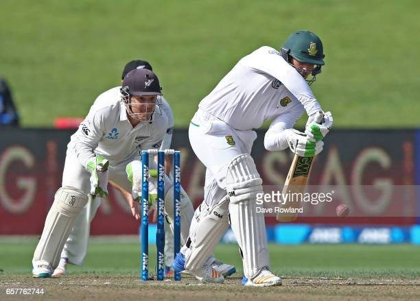 Quinton de Kock of South Africa bats fielded by Wicketkeeper BJ Watling of New Zealand during day two of the Test match between New Zealand and South...