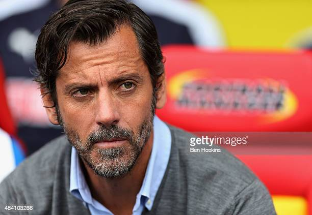 Quique Flores manager of Watford looks on during the Barclays Premier League match between Watford and West Bromwich Albion at Vicarage Road on...