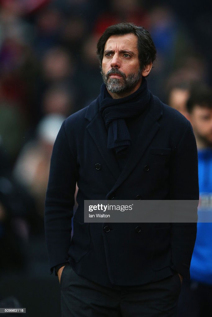 Quique Flores manager of Watford looks on prior to the Barclays Premier League match between Crystal Palace and Watford at Selhurst Park on February 13, 2016 in London, England.